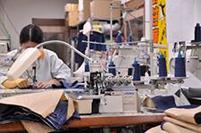 縫製工場のようす