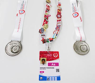 2つの銀メダル